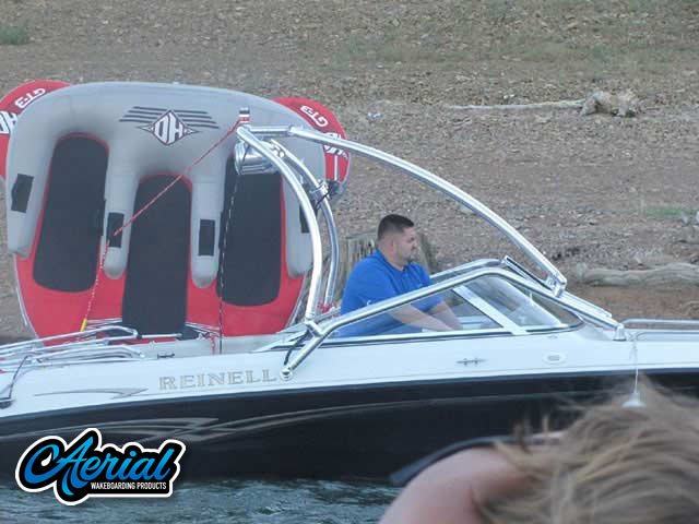 Wakeboard Towers Installed on 2004 REINELL 20' 207 Model Boats