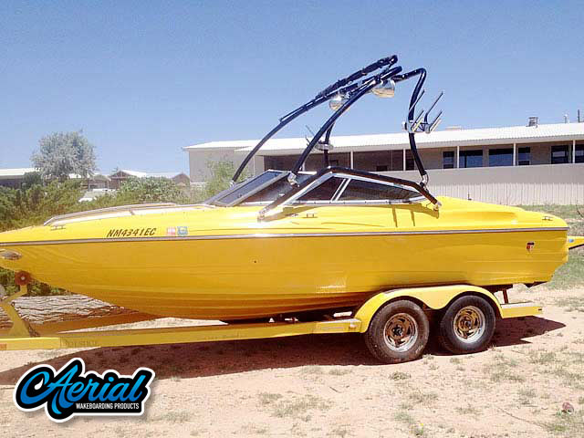 2001 Mariah Z212  Wakeboard Tower, speakers, racks, bimini