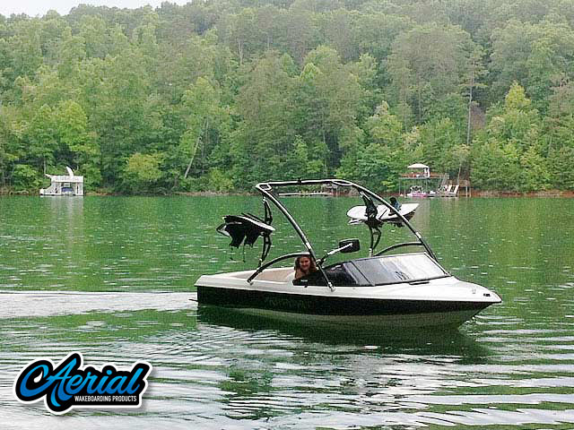 Aerial Assault Tower on a 1991 MasterCraft ProStar 190 boat