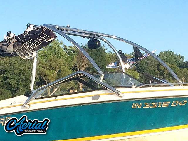 1992 Sunbird 205 Corsair Wakeboard Tower, speakers, racks, bimini