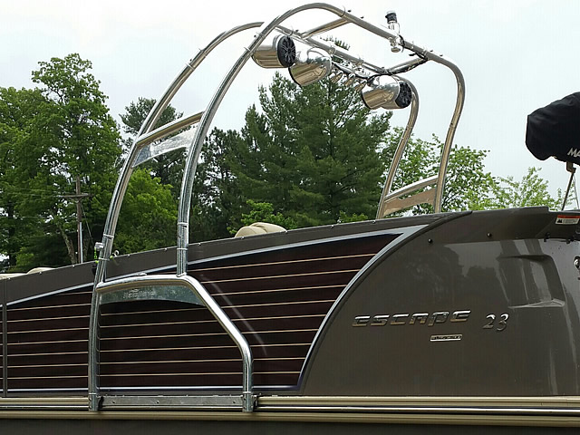 Wakeboard tower Aerial WakeWorks F250 Universal Folding Pontoon Boat Wakeboard Tower