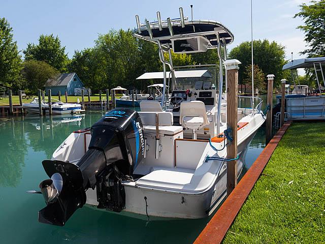 1988 Sea Ray Laguna CC boat t-tops