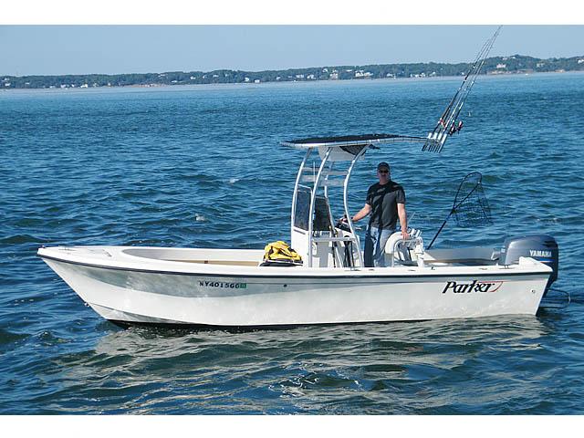 2003 Parker SE boat t-tops