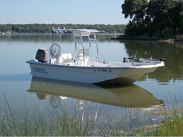 Carolina Skiff fishing boat t-top