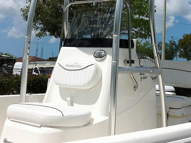 T-Top for 2014 NauticStar 1810 Bay center console boats 152706-5