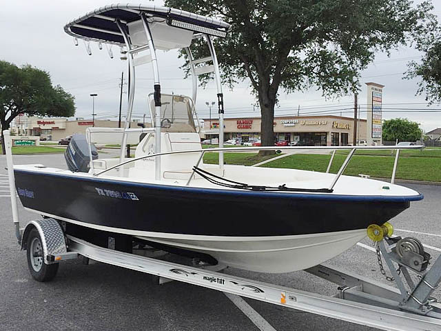2006 Cape Craft 17CC Center Console boat t-tops