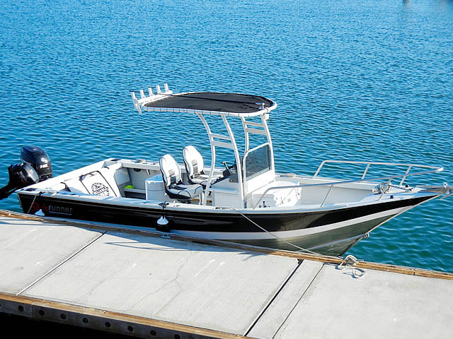 Baja Runner fishing boat t-top