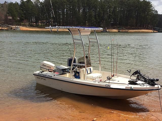 1999 Sea Fox 16' CC boat t-tops