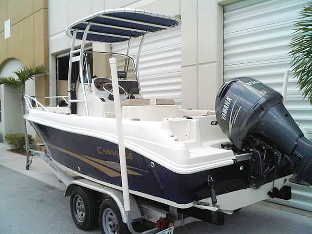 2003 Caravelle  boat t-tops