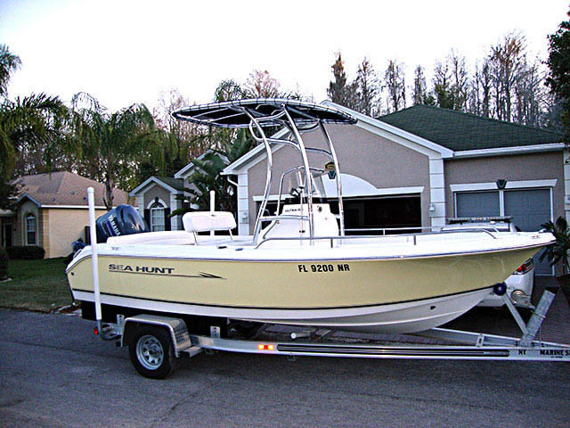 2008 Sea Hunt Ultra 186 boat t-tops