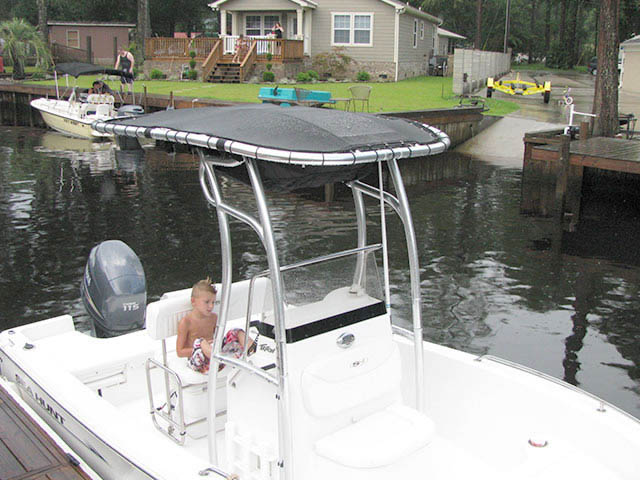 2009 Sea Hunt 177CC boat t-tops