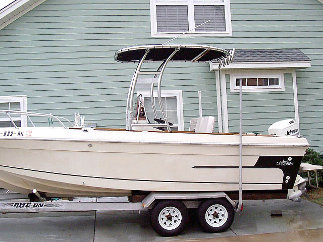 1983 20 ft Sport Craft boat t-tops