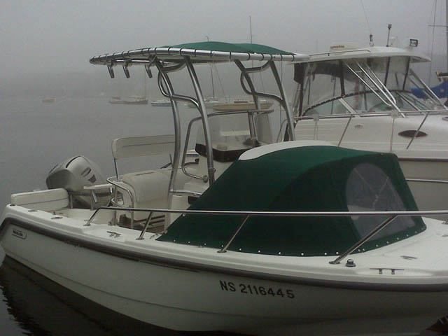 1999 Boston Whaler Outrage 18_37596-2