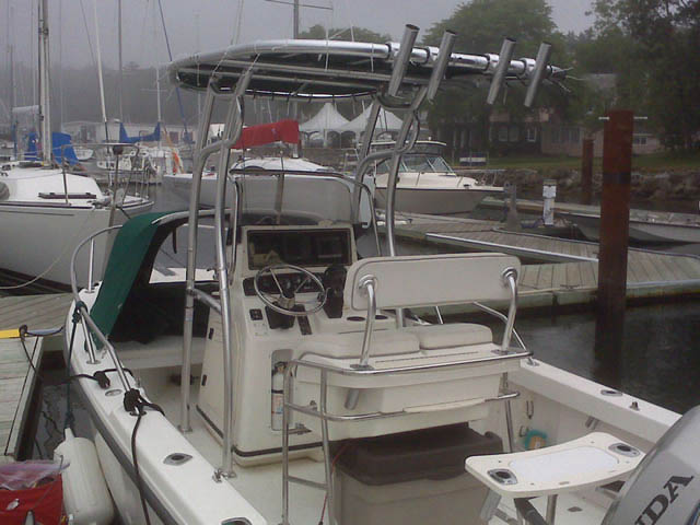 1999 Boston Whaler Outrage 18_37596-3
