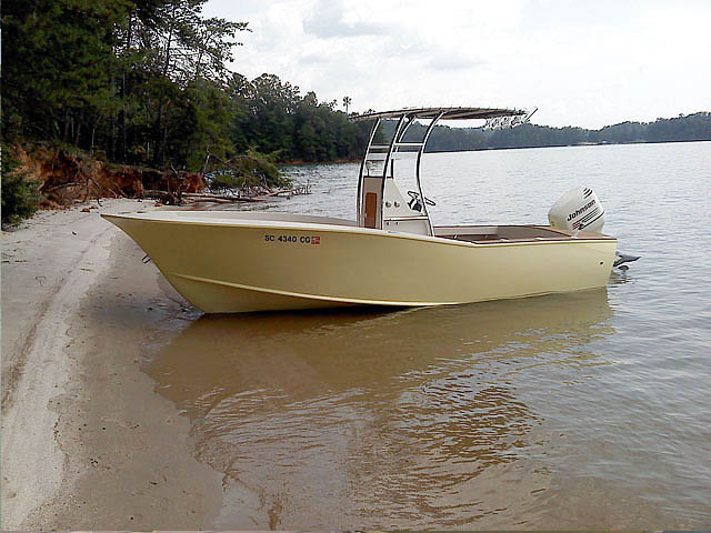Custom cold moulded 20' carolina style boat t-tops