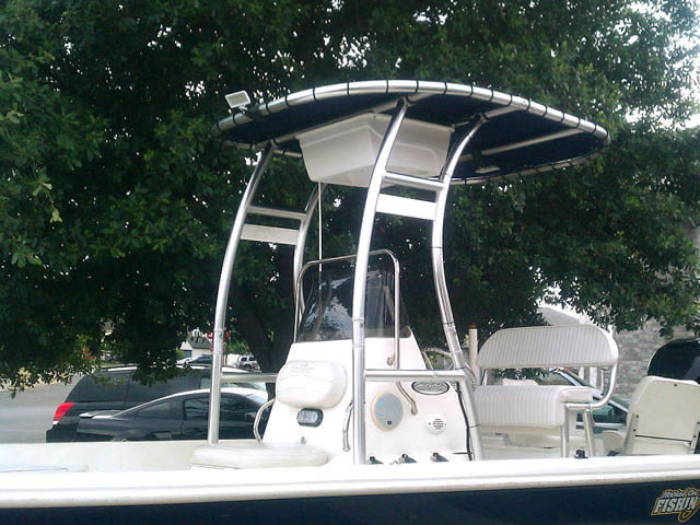 T-Top for 2005 Nauticstar center console boats 39977-1
