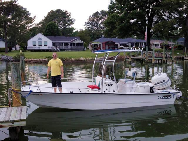 1997 Triton 22DV boat t-tops