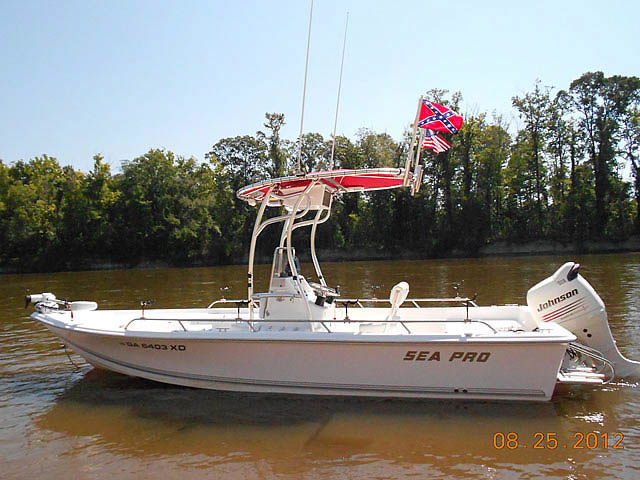 2004 SEAPRO 2100 boat t-tops