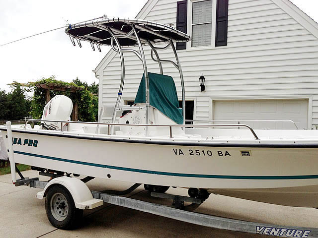 Sea Pro fishing boat t-top