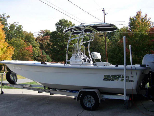 2007 Carolina Skiff 218DLV boat t-tops