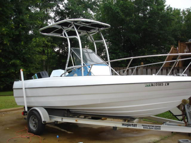 1998 Bayliner Trophy 1910 CC boat t-tops