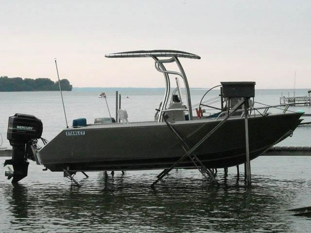 2008 Stanley Islander 21' boat t-tops