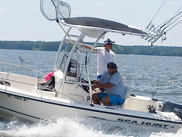 2003 Sea Hunt Triton 172 boat t-tops