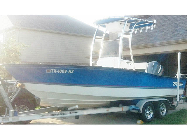 1998 Triton Bay Flight boat t-tops