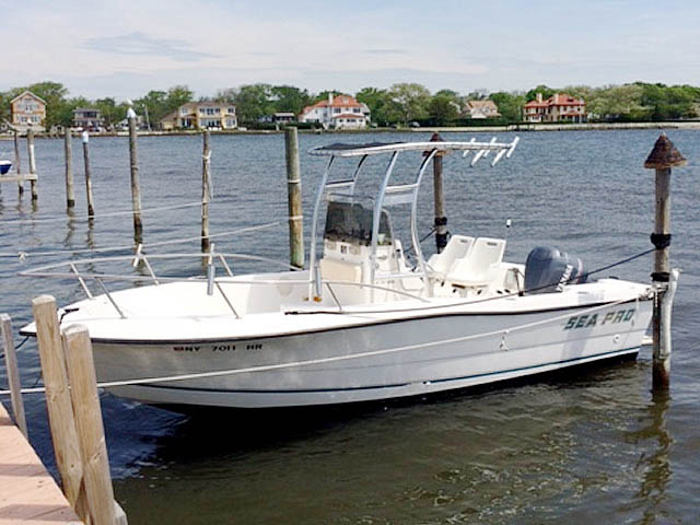 21' Sea Pro Center Console  boat t-tops