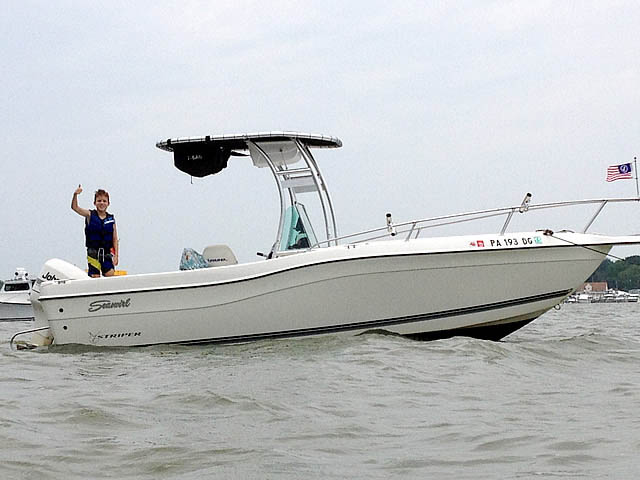 1998 Seaswirl Striper 21'CC boat t-tops
