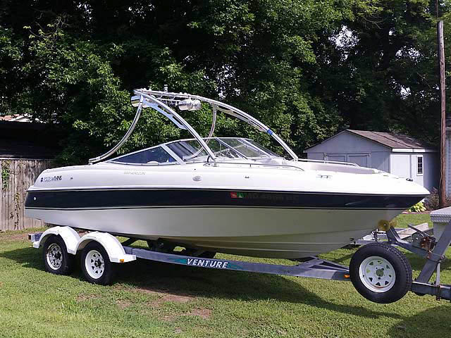 Wakeboard Tower for 1996 Four Winns 200 Horizon installed on 07/18/2014