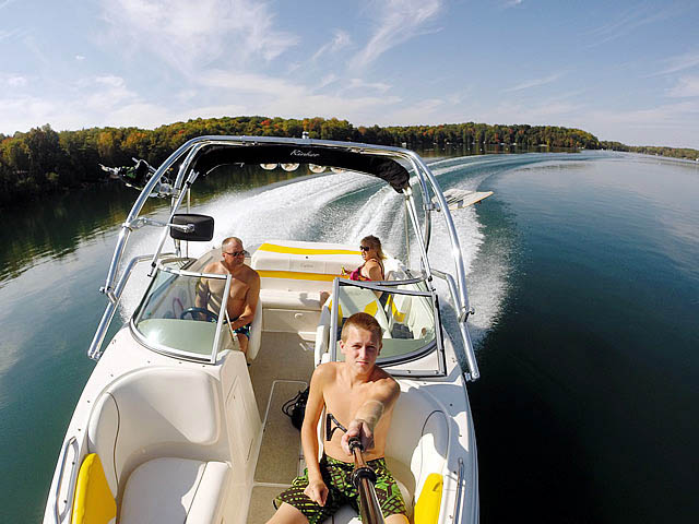 Wakeboard Tower for 2004 Rinker Captiva 212 installed on 09/25/2014