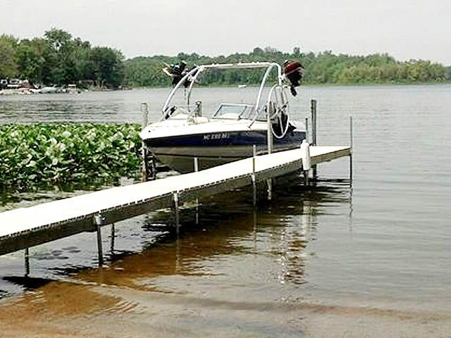 Airborne Tower wakeboard tower installed on 1996 Stingray 606ZP boat