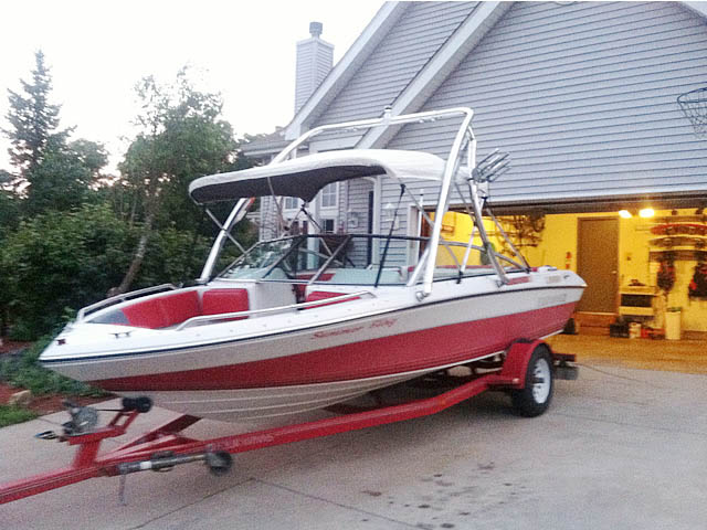 Ascent Tower wakeboard tower installed on 1989 Four Winns Freedom boat
