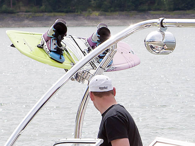 Ascent Tower wakeboard tower installed on 2007 Bayliner 185 boat