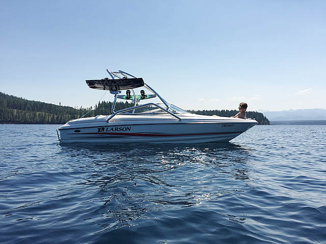 Wakeboard Tower for 2005 Larson 180 SEi installed on 01/16/2015