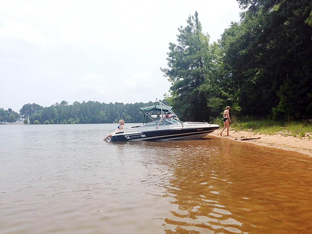 Ascent Tower wakeboard tower installed on 1994 Mariah Tulare 200 boat