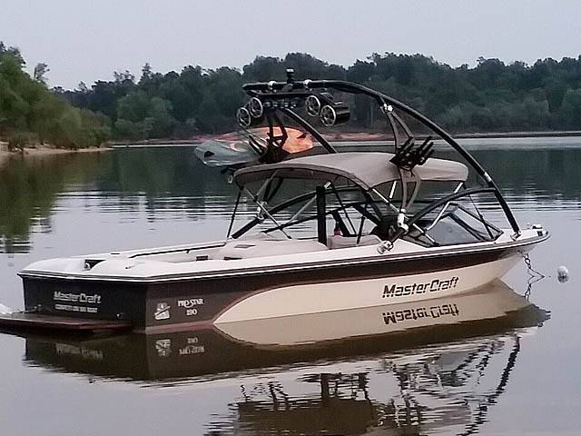 Assault Tower wakeboard tower installed on 1988 Mastercraft Pro Star 190 boat