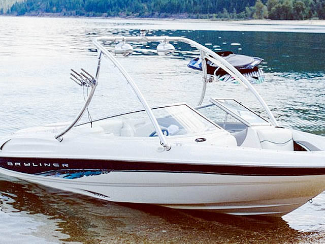 Ascent Tower wakeboard tower installed on 1998 Bayliner 185 Capri  boat