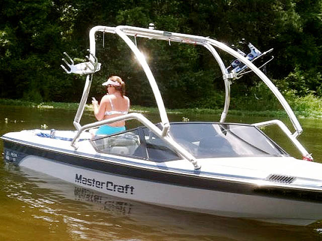 Airborne Tower wakeboard tower installed on 1988 Mastercraft Prostar 190 boat