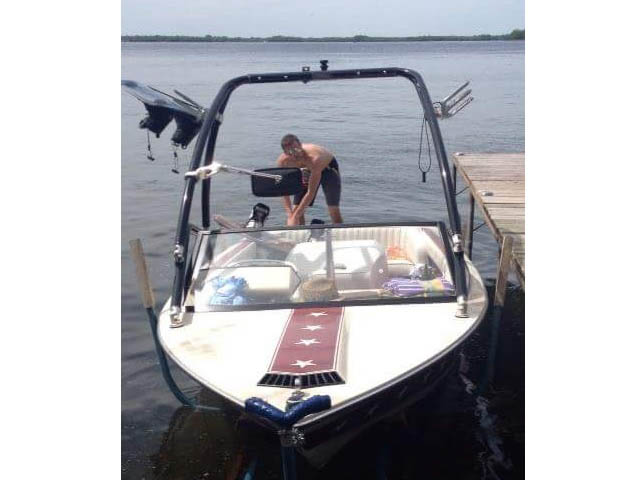 Airborne Tower wakeboard tower installed on 1983 Mastercraft Stars and Stripes boat