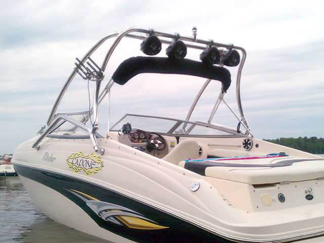 Wakeboard Tower for 2004 Rinker Captiva 232 installed on 06/02/2011