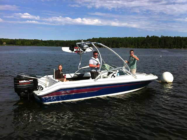 Airborne Tower wakeboard tower installed on 1995 SEA RAY SKI RAY 190 boat