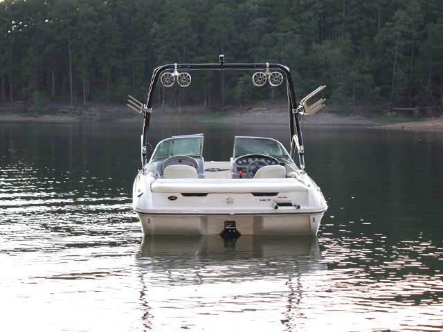 Airborne Tower wakeboard tower installed on 2001 Sea Ray 182 Bowrider boat