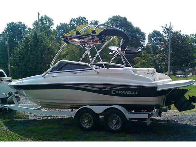 Wakeboard Tower for 2005 Caravelle 207 installed on 08/23/2011