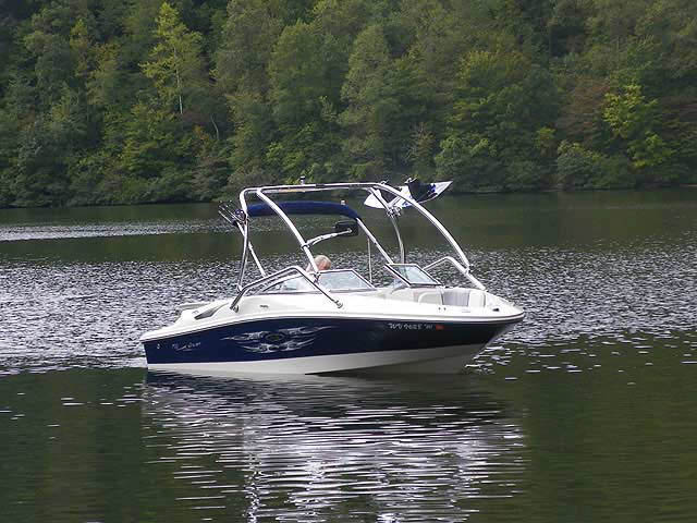 Airborne Tower wakeboard tower installed on 2008 Sea Ray 195 Sport boat