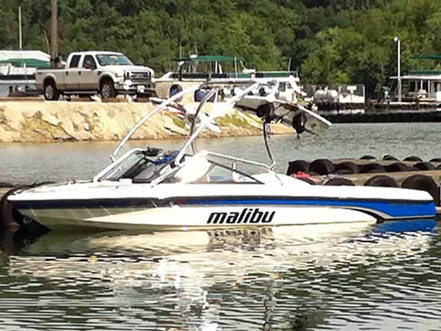 Wakeboard Tower for 1998 Malibu Sportster LXI installed on 06/21/2012