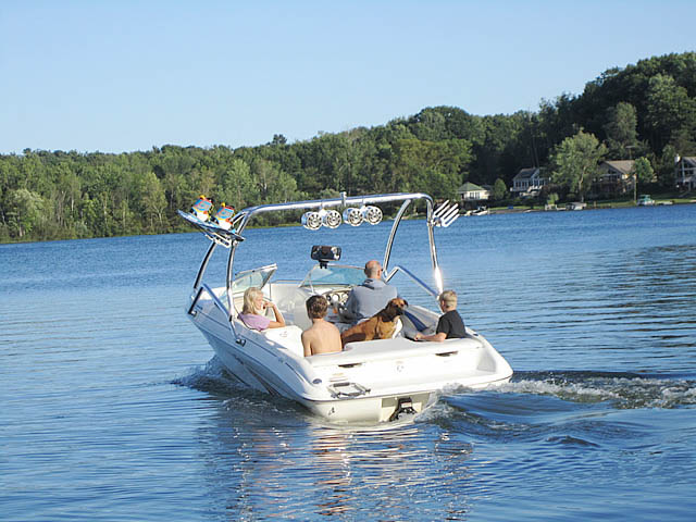 Airborne Tower wakeboard tower installed on 1997 Sea Ray 185 Bow Rider boat