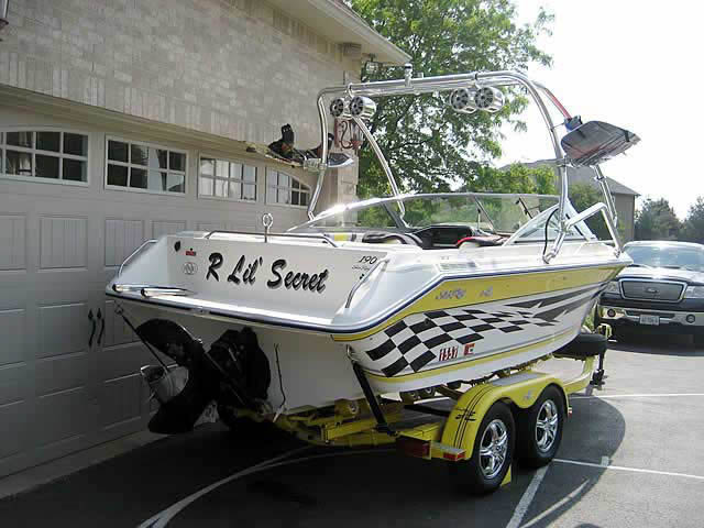 Airborne Tower wakeboard tower installed on 1990 Searay 190 boat