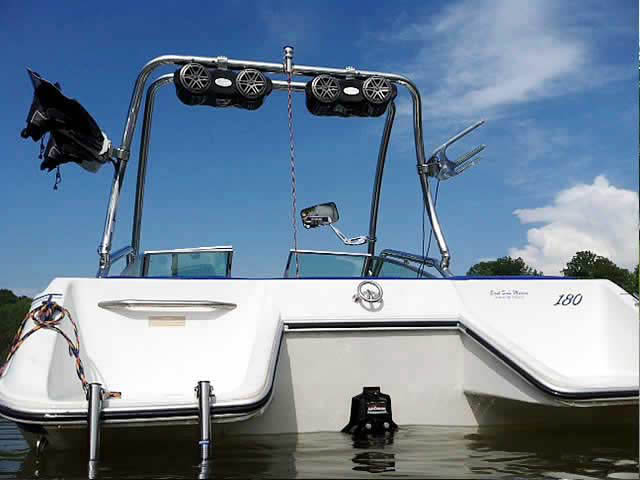 Airborne Tower wakeboard tower installed on 89 sea ray 180 boat